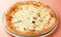 イタリア産4種類のチーズのピッツァ