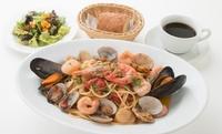 【今月のおすすめ】ヴェネツィア風 海の幸のトマトソーススパゲッティセット